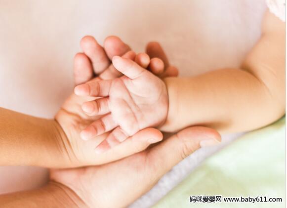新手爸妈 要先学会新生儿护理