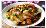 摩卡娱乐在线菜谱豆腐类:剁椒皮蛋豆腐