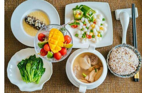 怀孕初期 这6种食物多吃有益