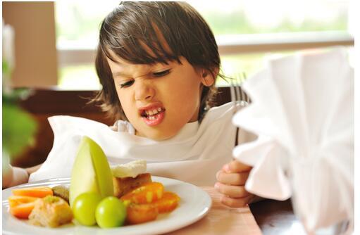 错误的饮食习惯会让宝宝越吃越笨哦