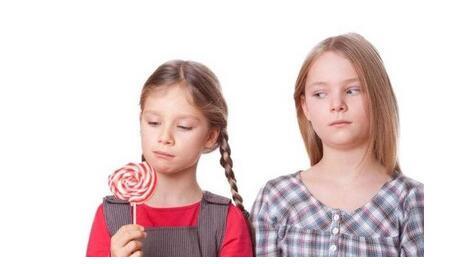 怎样教育孩子摆脱妒忌心理