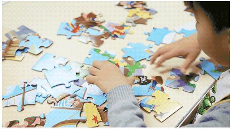 小小拼图能培养宝宝观察力