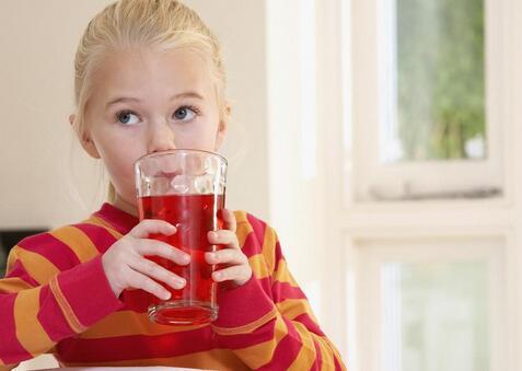 家长如何选择适合孩子喝的饮料