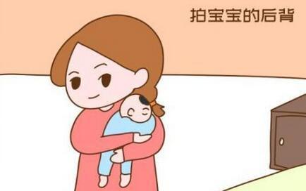宝宝经常吐奶,是正常还是生病了?