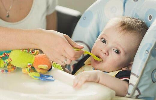 婴幼儿2个饮食禁忌,不能乱吃哦