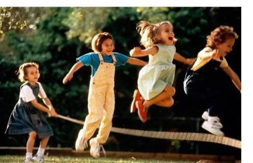 弹跳运动会提升宝宝的智力