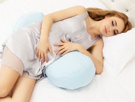 孕妈睡觉注意这5种行为
