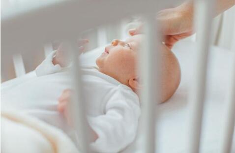 新生儿头垢怎么去除?