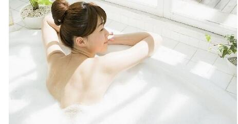 孕早期洗澡时要注意三点