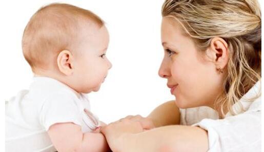 照顾新生儿需注意的九个细节