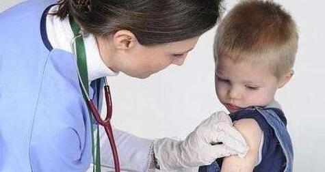 带宝宝打疫苗必知的基本常识