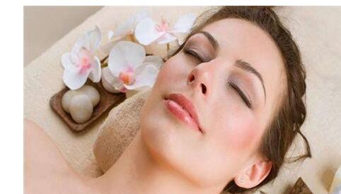 美容护肤的方法很简单,掌握四个正确步骤
