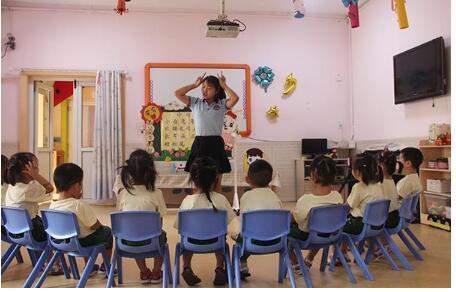 """幼儿园""""小学化""""对孩子的影响"""
