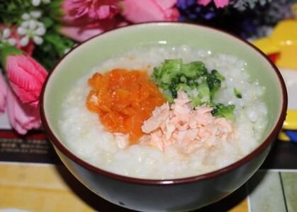 三文鱼小米粥