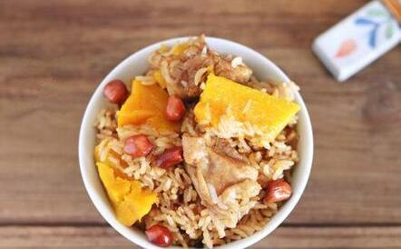 南瓜玉米鸡腿焖饭
