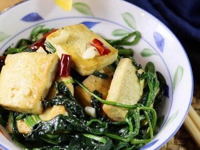 香煎豆腐烧菠菜