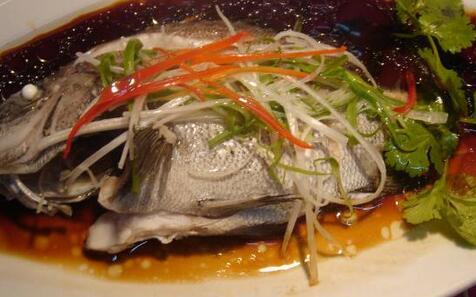 孕期多吃鱼有利于胎儿的健康